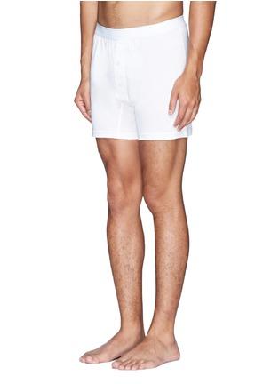 模特儿示范图 - 点击放大 - SUNSPEL - 纯棉钮扣平角内裤