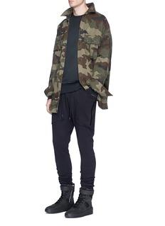 YeezyOversized sweatshirt