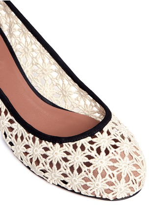 Detail View - Click To Enlarge - TABITHA SIMMONS - 'Minnie Daisy' crochet ballerina pumps