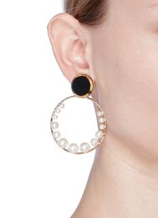 Anton HeunisSwarovski pearl detachable hoop disc earrings