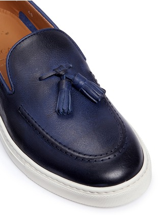 Detail View - Click To Enlarge - Doucal's - 'Mike' tassel leather loafers