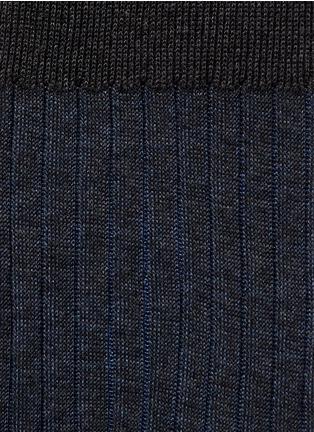 细节 - 点击放大 - FALKE - SHADOW拼色条纹袜子