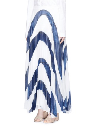 Front View - Click To Enlarge - alice + olivia - 'Shannon' stripe print plissé pleated chiffon skirt