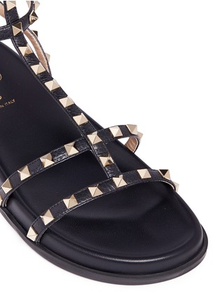 Detail View - Click To Enlarge - Valentino - 'Rockstud' caged calfskin leather sandals
