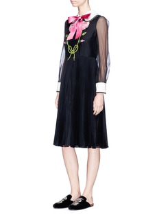 Gucci Bow neck floral embellished and tiger embroidered organza dress