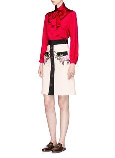 Gucci Floral appliqué button cady pencil skirt