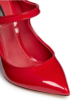 Detail View - Click To Enlarge - Dolce & Gabbana - Logo button patent leather Mary Jane pumps