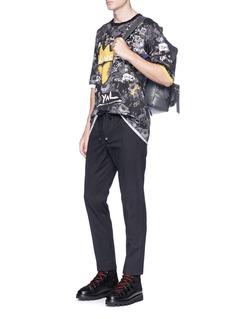 Dolce & Gabbana Crown graffiti floral print T-shirt