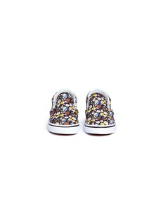Vans x Peanuts 'Classic Slip-on' Peanuts Gang print toddler sneakers