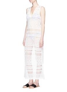 Kisuii 'Annabelle' V-neck crochet maxi dress