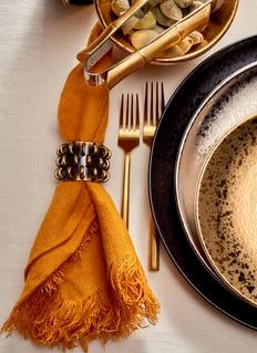 L'Objet Tulum rings napkin jewels set