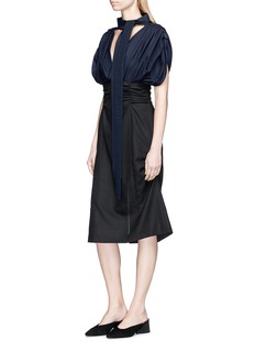 Jacquemus Collar sash ruched contrast basketweave dress