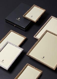 L'Objet Deco Twist 5R photo frame – Gold