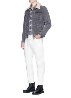 TopmanFrayed cropped jeans