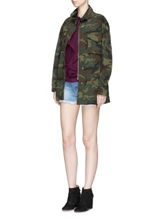alice + olivia 'Russo' slogan patch camouflage print oversized parka