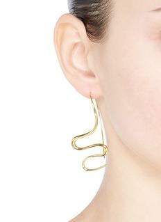 J. HARDYMENT 'Undulated' wavy hook earrings
