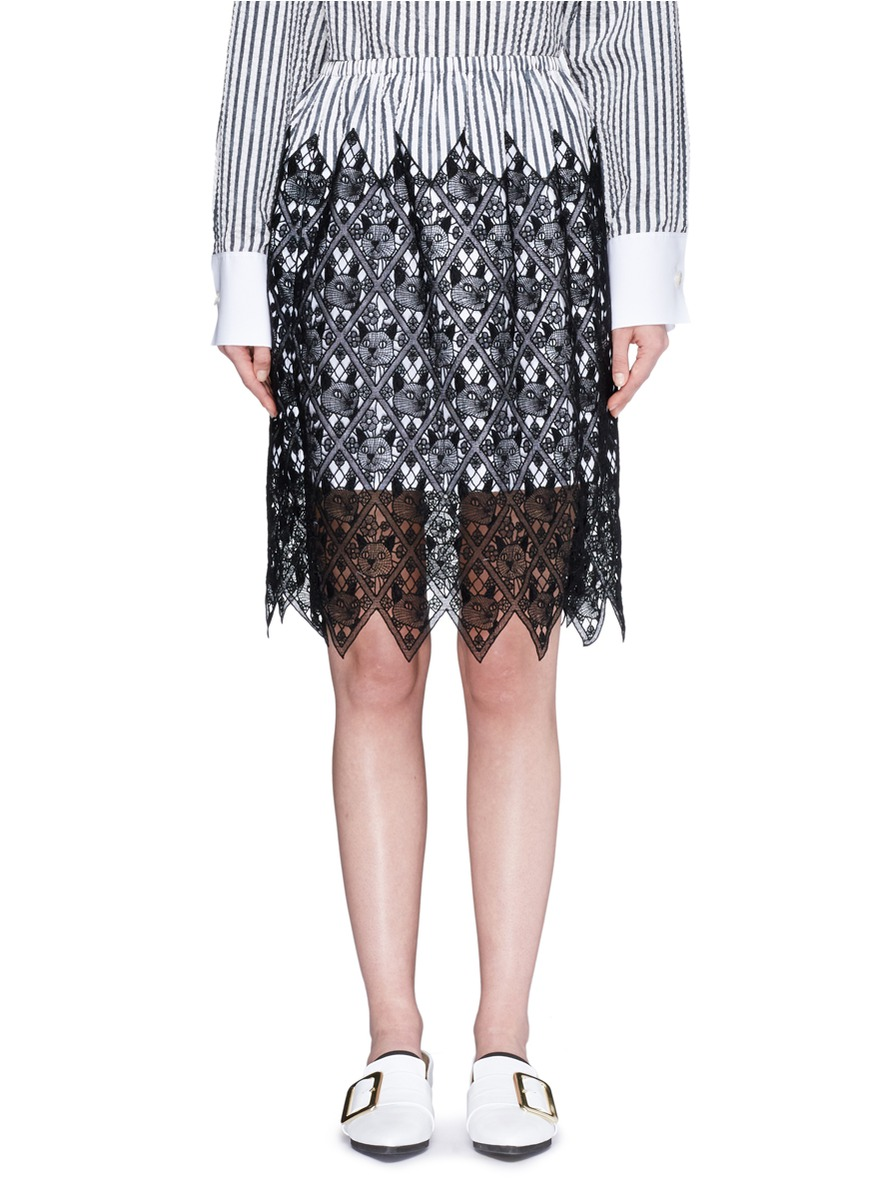 Cat guipure lace stripe skirt by Dawei
