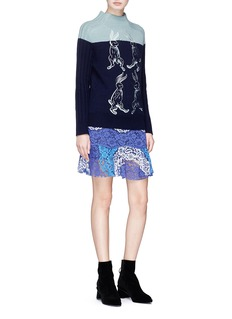 HELEN LEE Colourblock crepe panel guipure lace peplum skirt
