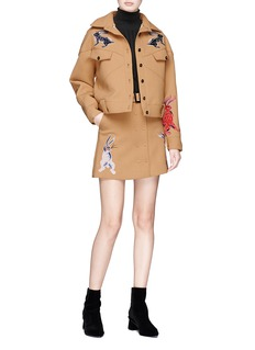 HELEN LEE 'Identified' slogan patch bunny embroidered crepe jacket