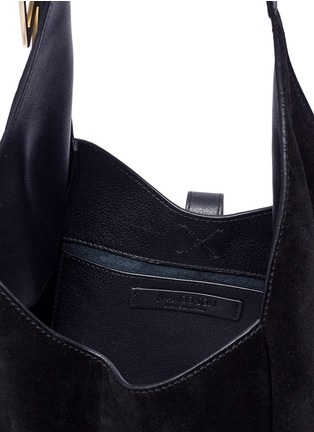 Detail View - Click To Enlarge - JW Anderson - 'Knot' suede hobo bag
