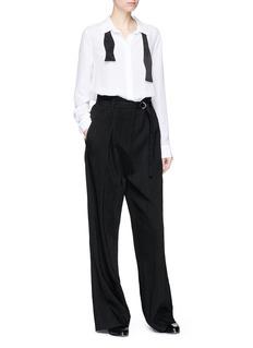 Equipment 'Essential' bow tie silk crepe shirt