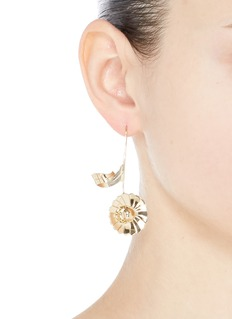 JW Anderson Mismatched daisy leaf drop earrings