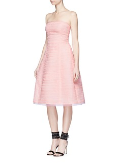 Oscar de la RentaPleated silk organza strapless dress