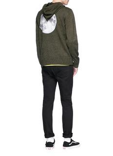 Stereo Vinyls Moon appliqué knit hoodie
