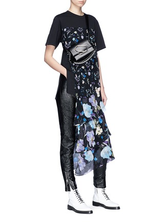 Figure View - Click To Enlarge - 3.1 Phillip Lim - Zip cuff metallic leather cropped leggings