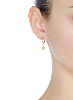 Isabel Marant 'It's All Right' mismatched hoop earrings