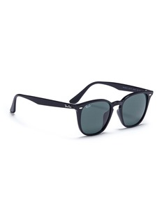 Ray-Ban 'RB4258F' D-frame sunglasses