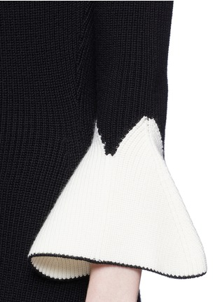 Detail View - Click To Enlarge - Alexander McQueen - Peplum sleeve wool knit flared dress