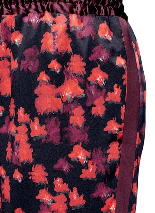 Detail View - Click To Enlarge - Givenchy - Floral print silk satin pyjama pants
