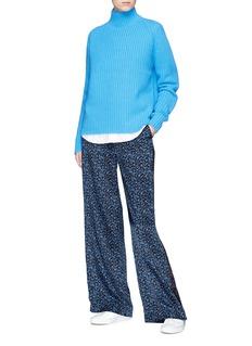 VICTORIA, VICTORIA BECKHAM Floral print stripe outseam wide leg silk satin pants