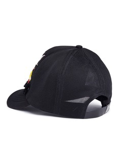 Venna Strass star flamingo patch mesh baseball cap