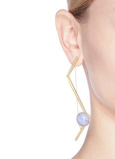 OLIVIA YAO 'Fliegt' lace agate magnet angular bar earrings