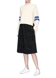 MRZ Stripe sleeve sweater