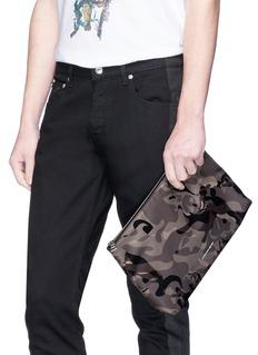 Alexander McQueen Skull camouflage print zip pouch
