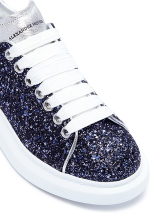 Detail View - Click To Enlarge - Alexander McQueen - 'Larry' chunky outsole glitter sneakers