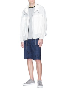 MONCLER 拼色条纹衣领纯棉T恤