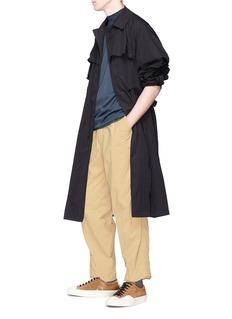kolor Elastic outseam nylon pants