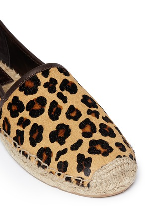 Detail View - Click To Enlarge - Tory Burch - 'Mckenzie' leopard print calf hair espadrilles
