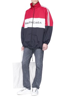 BALENCIAGA 品牌名称拼色设计oversize夹克