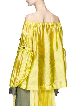 Back View - Click To Enlarge - Sacai - Detachable sleeve off-shoulder grid silk top