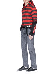 MCQ ALEXANDER MCQUEEN Monster Stripe怪兽图案条纹连帽卫衣