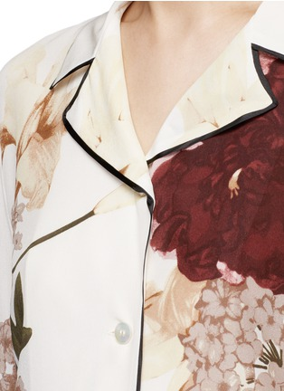 Detail View - Click To Enlarge - Valentino - Floral print silk pyjama shirt