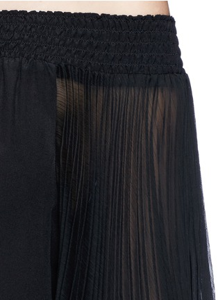 Detail View - Click To Enlarge - alice + olivia - 'Elina' pleat sleeve off-shoulder top