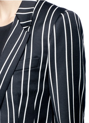 Detail View - Click To Enlarge - Givenchy - Stripe wool suiting blazer