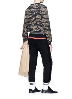MAGIC STICK 'Protect Ya Sarouel' contrast trim jogging pants