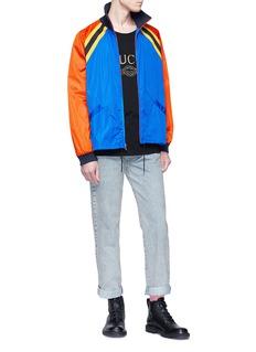 GUCCI 品牌名称印章仿旧牛仔裤